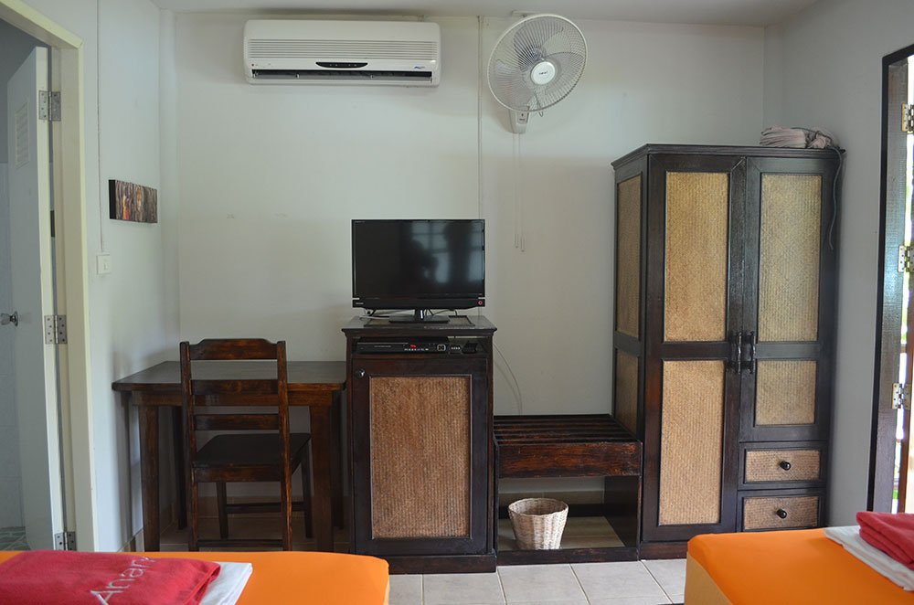 Bungalow-Accommodation-Koh-Phangan