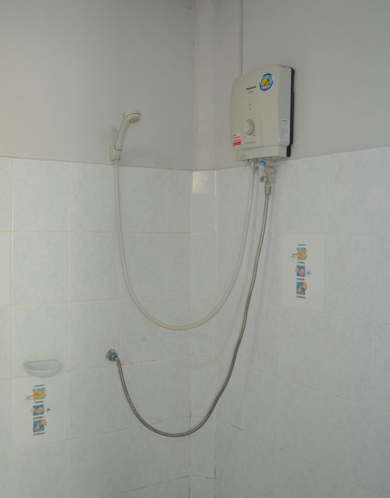 Hot-Water-in-Bungalow