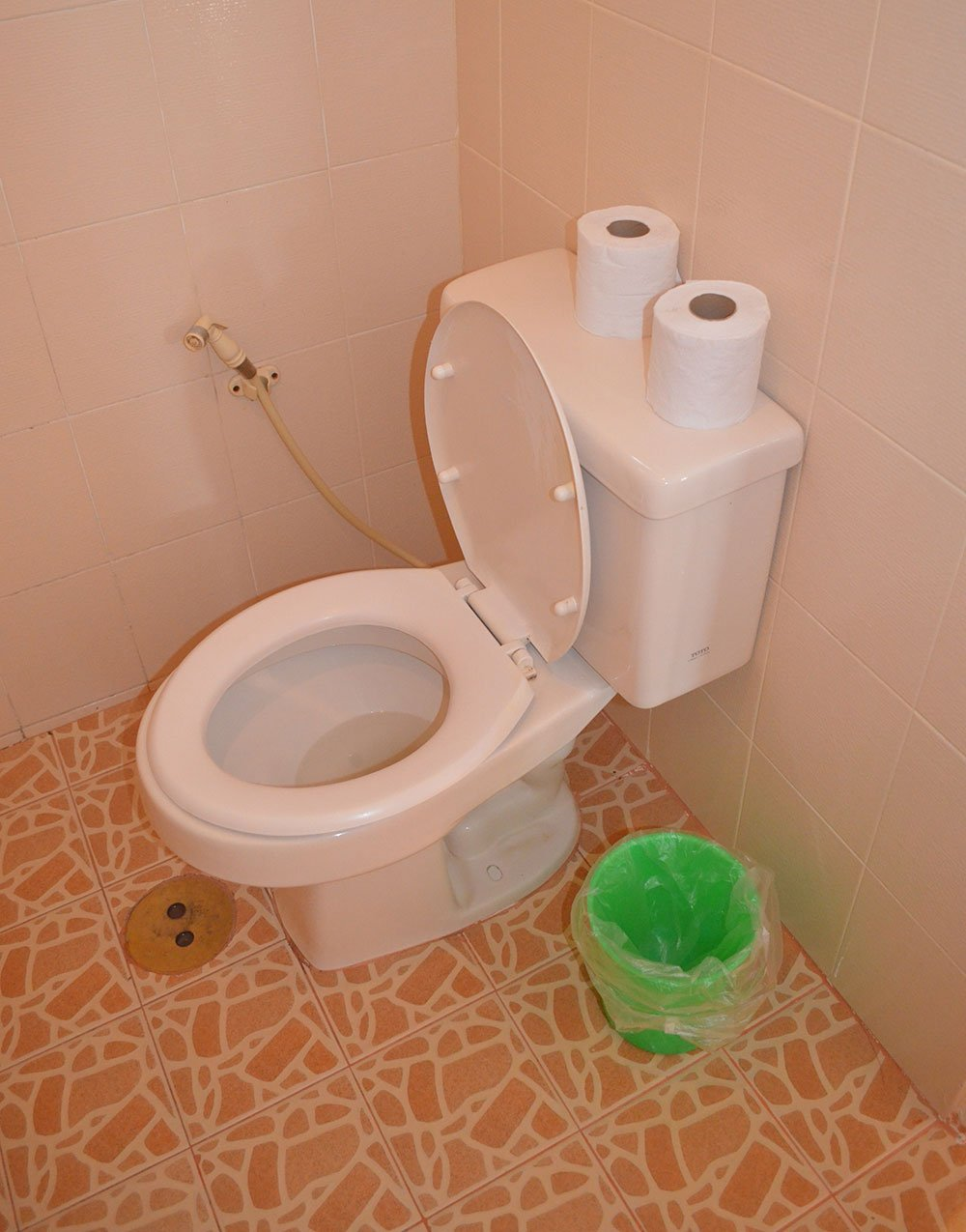 Modern-Toilet-Air-Conditioning-Room